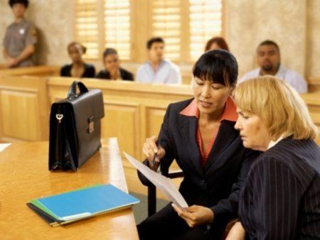 На фото: Гражданское правоотношение